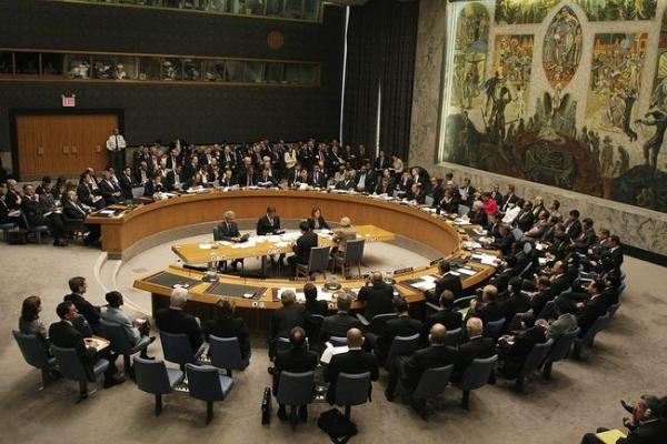 فرنسا تهدّد بفرض عقوبات وبريطانيا تناشد.. مجلس الأمن: اليمن لم تعد الأزمة الإنسانية الأسوأ في العالم