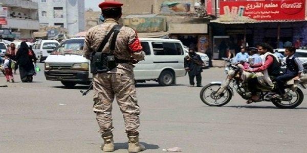 مسلحون مجهولون يغتالون جندياً في مدينة تعز
