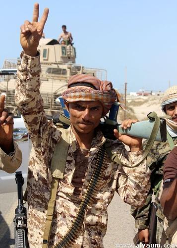 صعدة: القوات الحكومية تتقدم صوب مركز مديرية كتاف وغارات جوية على مواقع متفرقة للمليشيا