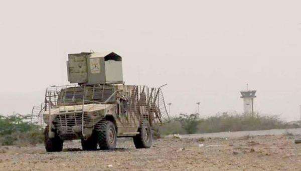 القوات المشتركة تسيطر بعملية التفاف على خط الحديدة صنعاء بعد ساعات من تحرير المطار