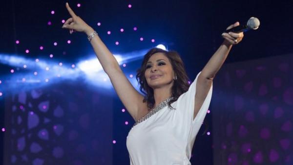"""اعتزال إليسا: المطربة اللبنانية تقول إن شركات الإنتاج أصبحت """"مافيا"""""""