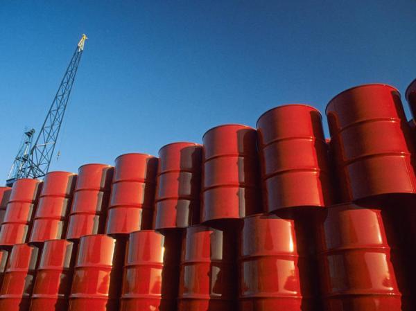 انخفاض مخزونات النفط الأمريكية.. وعرض 10 ملايين برميل للبيع من الاحتياطي