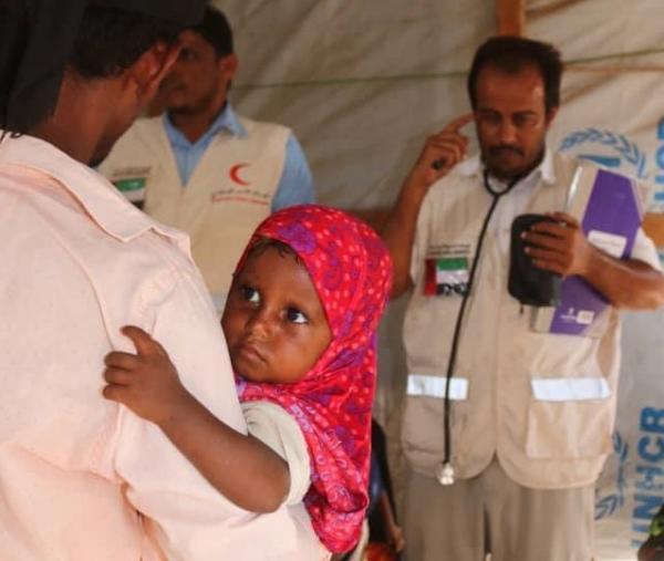 الهلال الإماراتي يسارع عبر عيادات متنقلة لإنقاذ عشرات الأسر في مناطق نائية بالساحل الغربي لليمن