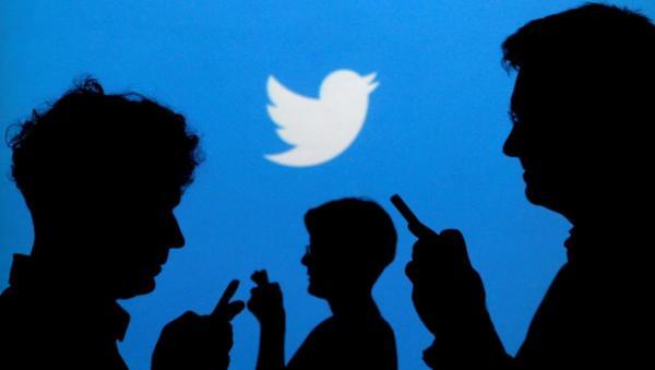 """""""تويتر"""" تعد بالتصدي للإساءة العنصرية ضد لاعبي كرة القدم في بريطانيا"""