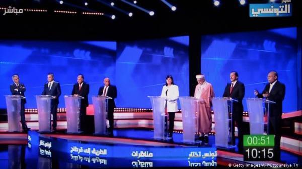 """أول مناظرة انتخابية في تونس: """"برودة النقاش"""" تقلل من """"الحدث التاريخي"""""""