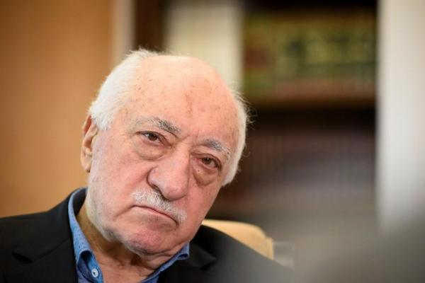 تركيا تأمر باعتقال 223 عسكريا للاشتباه في صلتهم بكولن