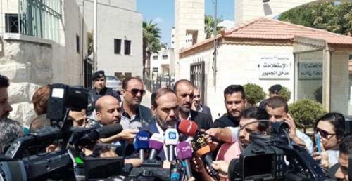 نقابة المعلمين الأردنيين ترفض دعوة الرزاز للعودة الى التدريس