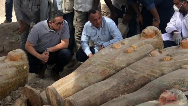 مصر تعلن عن كشف أثري ضخم يضم 20 تابوتا ملونا