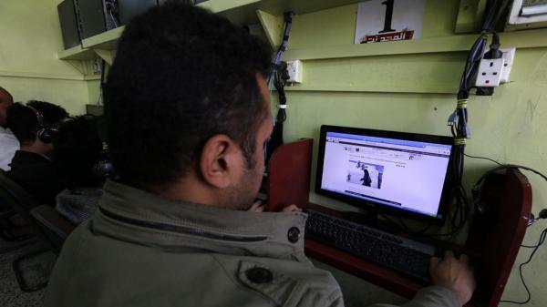 باحثون في استخبارات التهديد الالكتروني يكشفون لجوء مليشيا الحوثي لشركة كندية لمساعدتهم في الانترنت