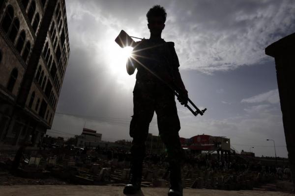 """وكالة أمريكية: """"قاتل خفي"""" يتربص باليمنيين لأجيال قادمة"""