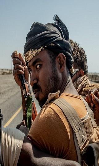 """كيف تعمل المليشيا من خلف ستار """"وقف إطلاق النار"""".. مجلة أمريكية تحذّر من غدر الحوثيين في الحديدة"""