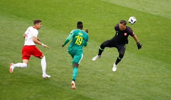 السنغال تعاقب بولندا وتحقق الفوز الأول لافريقيا في كأس العالم بروسيا