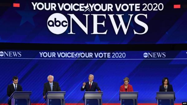 سباق الرئاسة الأمريكية.. أبرز ما جاء في مناظرة الديمقراطيين