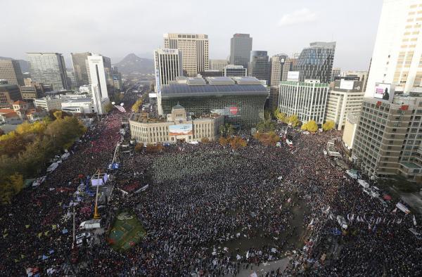 صور- تظاهرة حاشدة للمطالبة باستقالة رئيسة كوريا الجنوبية